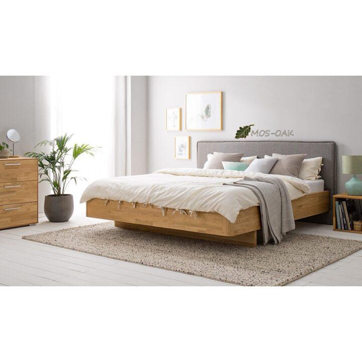 Кровать Мариса из массива дуба