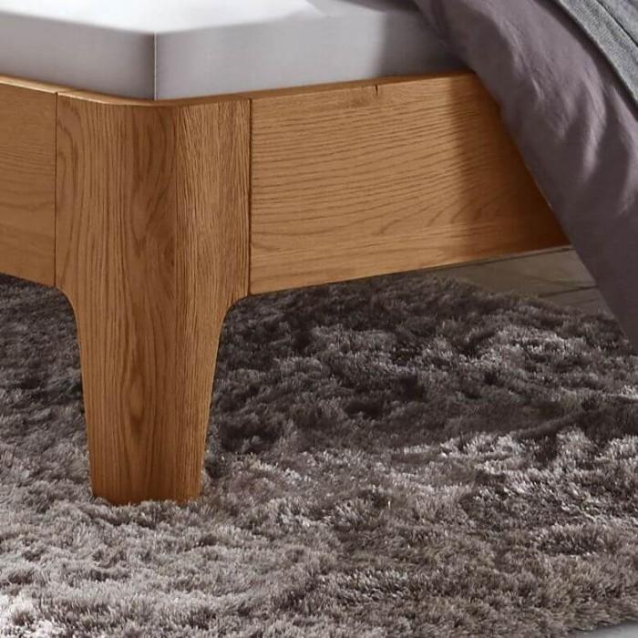 Купить кровать из массива дуба
